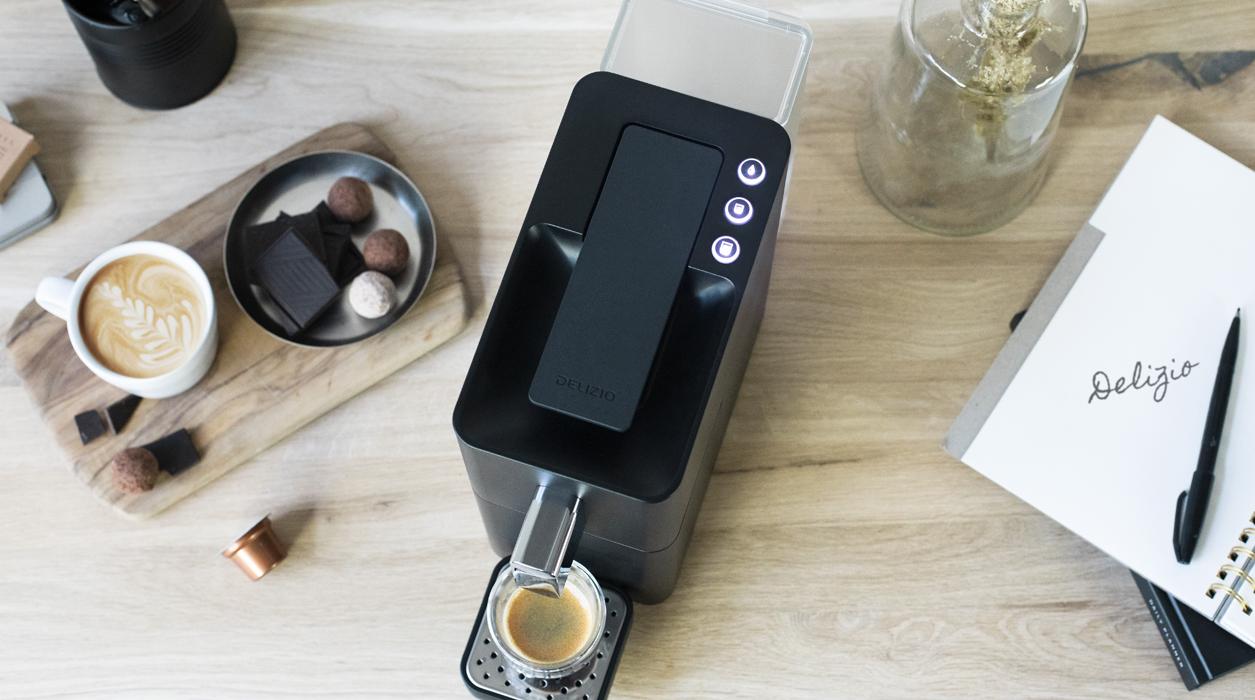 Kaffeemaschine Carina von Delizio von oben mit verschiedenen Funktionen.